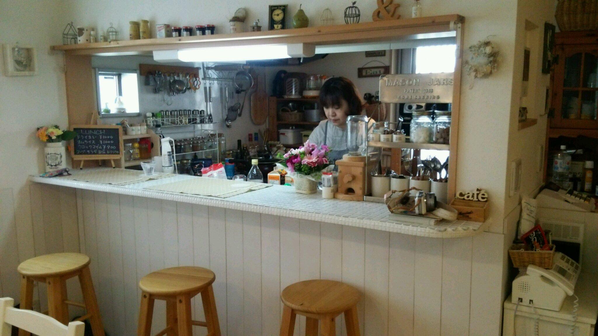 かなちゃんカフェへ